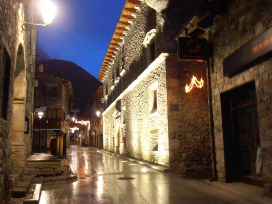 Palacio Condes de Ribagorza Benasque Huesca